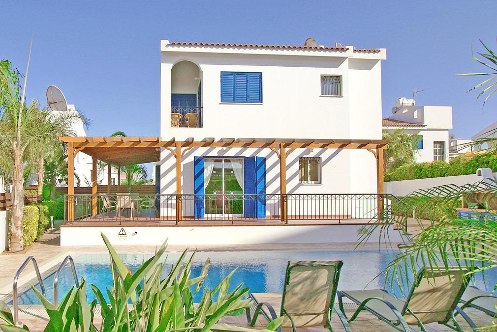 ferienhaus christalla in protaras zypern. Black Bedroom Furniture Sets. Home Design Ideas