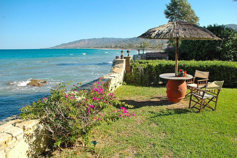 Ferienhaus asteras direkt am meer argaka polis zypern for Ferienhaus zypern