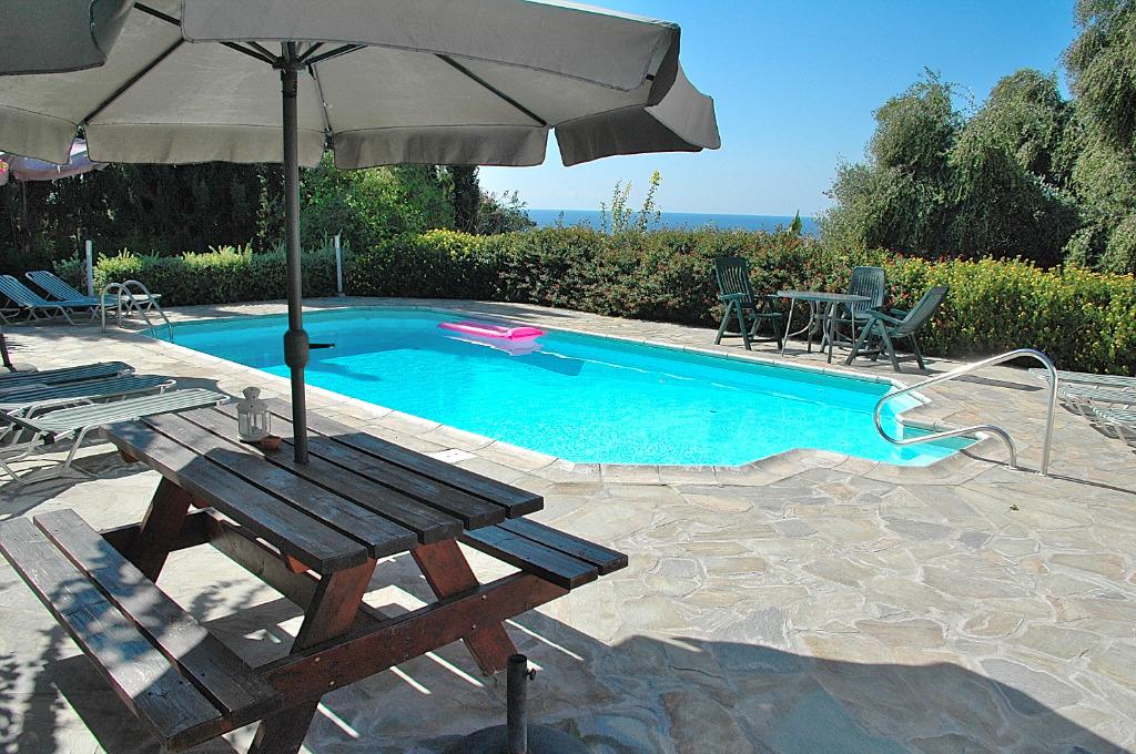 Zypern ferienhaus banana gardens in kissonerga zypern for Ferienhaus zypern
