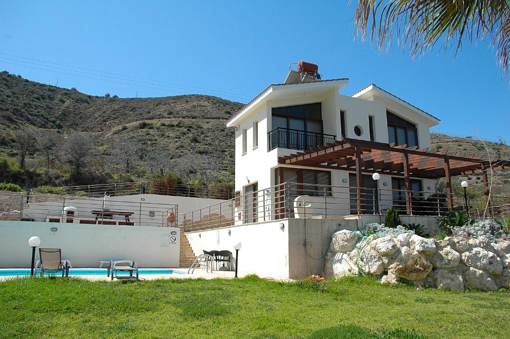 Ferienhaus kalinousa in pomos polis zypern for Ferienhaus zypern